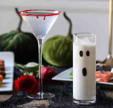 These Halloween cocktail recipes are going to make your next fall costume party a blast to be at! These drinks are both fun and delicious!