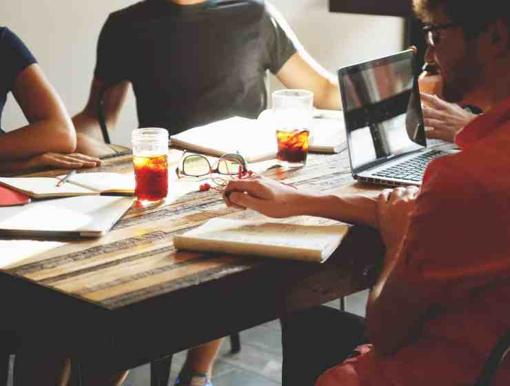 Group projects in college can be a total pain. Nobody likes to work in a group. That being said, here are some tips on how to make it easier.