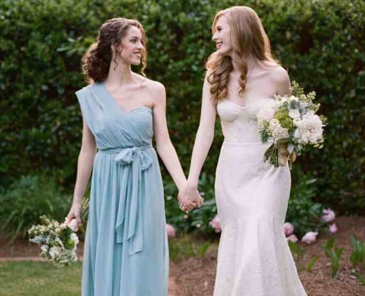 Being maid of honor to your best friend at a wedding comes with a wide range of responsibilities. Here is all the proper etiquette you need to know!