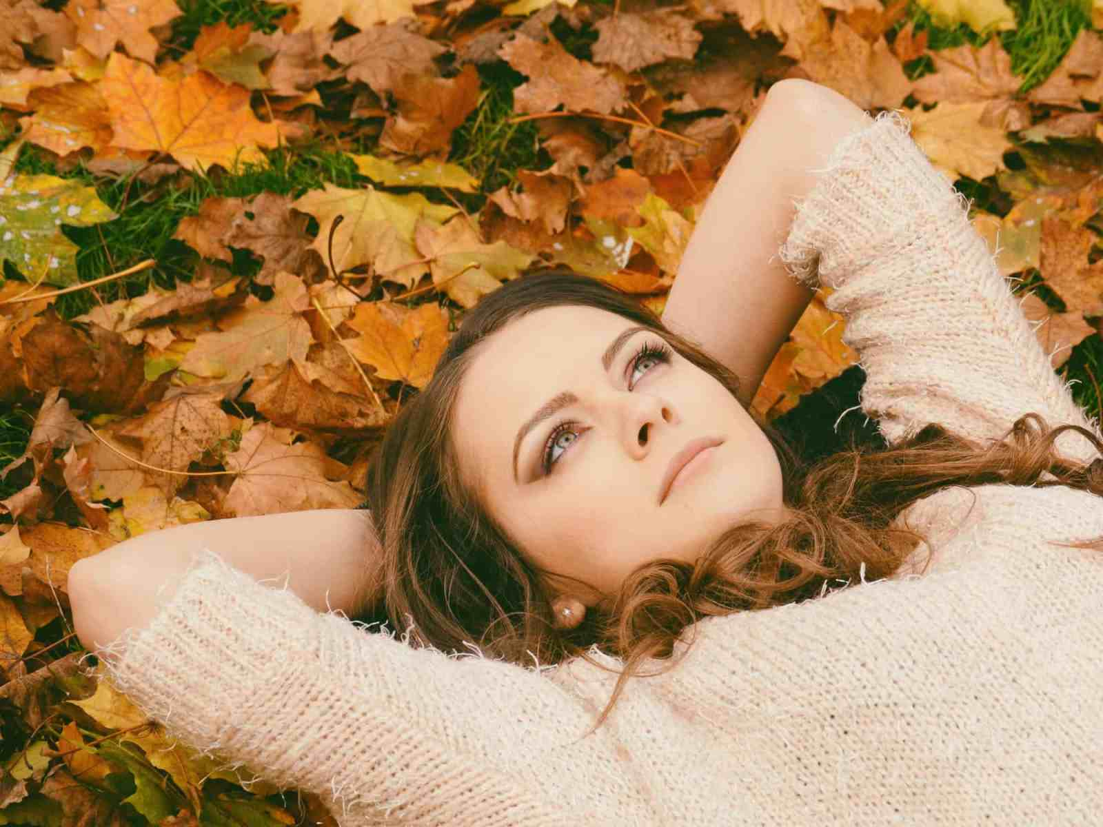 Autumn hair color trends can be seen all over the place, and we've put together a list of some of the best ones to have this fall!