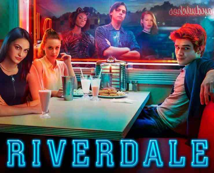 These Riverdale gifts will have you totally over the moon if you love the show! You're going to need to buy all of them for yourself!
