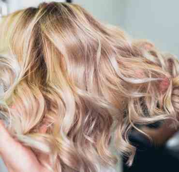 Cannot afford the salon visit or looking to learn how to dye your hair at home? Follow these tips on how to dye your hair at home and achieve salon-quality hair!
