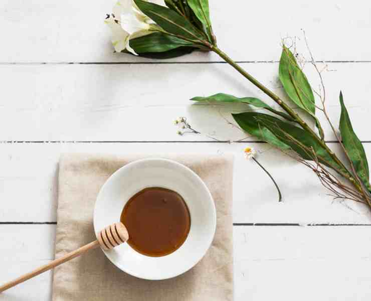 The health benefits of honey can help anything from skin to weight loss and more! If you're looking for some proven benefits, then check out these tips!