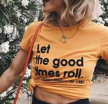If you're wondering how to style a graphic tee, there are so many ways of doing so. Check out these fun ideas for graphic tee outfits!
