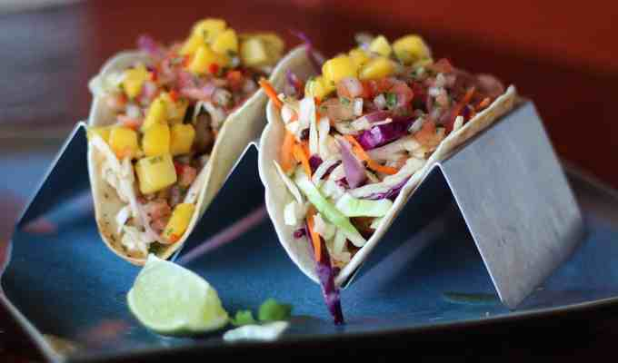 These taco spots in Miami make some of the best soft shelled and hard shelled tacos for you to eat during this week's Taco Tuesday!