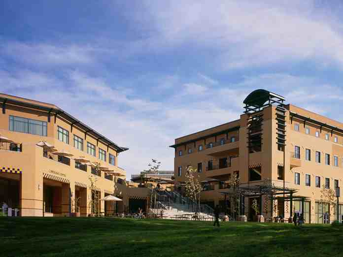 UC Irvine has had a countless number of movies filmed at certain locations around campus! We've listed some of them you may recognize!