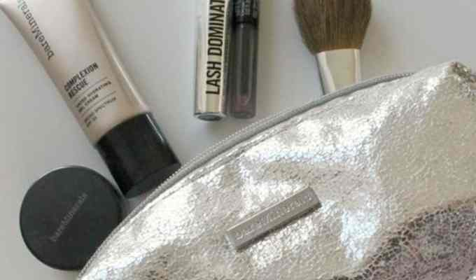 Quick makeup routines make all of our lives easier. Heading to work or only having 5 minutes to get ready makes these quick and basic tips your lifesaver.