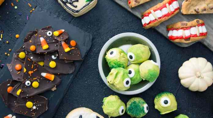 These Halloween treats are so sweet that your guests are guaranteed to love them! You need to give each of these recipes a shot!