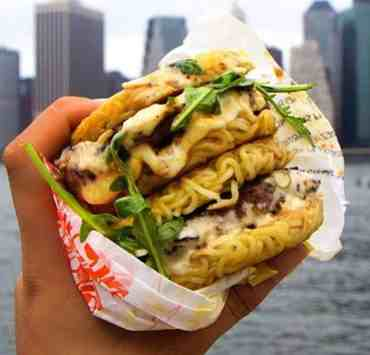The hottest food spots to check out in NYC that are both delicious and instagrammable. If you're a good lover, then hit up the New York restaurants!