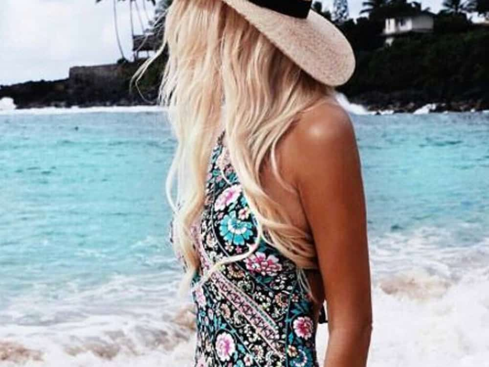 10 Cute One-Piece Bathing Suits For Spring Break - Society19