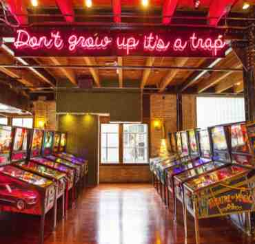 10 Chicago Bars You Must Visit