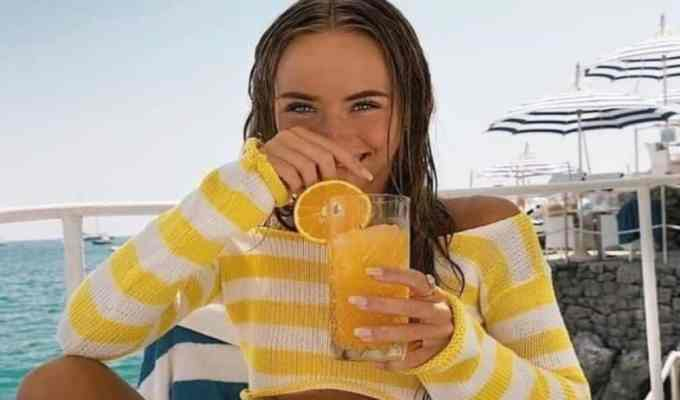 With so much debate over juice all juice diets and their benefits who really knows the truth? This article tell you everything you need to know before you start your first cleanse.