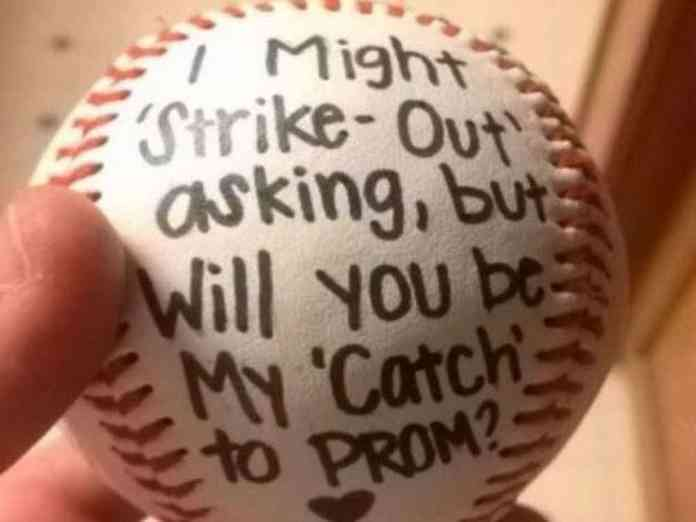 The Cutest Prom Proposals That Will Make Your Heart Melt