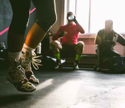 To make your life easier in the process, we decided to give you a list of the best selling fitness technology from Amazon. Your summer body will thank us!
