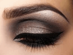 5 Amazing Makeup Looks For Brown Eyes You Need To See