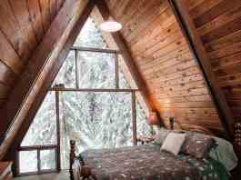Cool Ideas For Decorating Your Bedroom Window