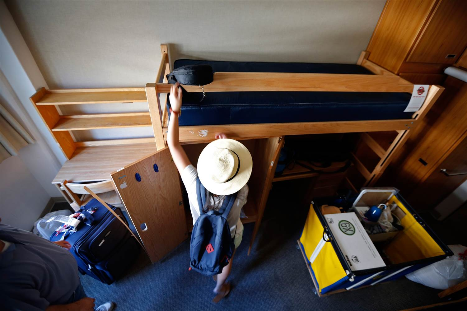 Things You Don't Want To Forget For College Move-In Day