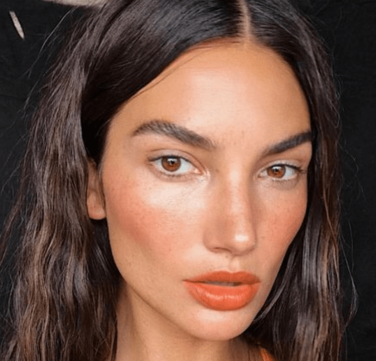 Summer Makeup: How To Make Your Face Glow