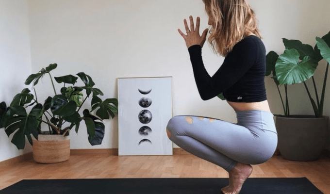 Basic Yoga Moves To Help You De-stress