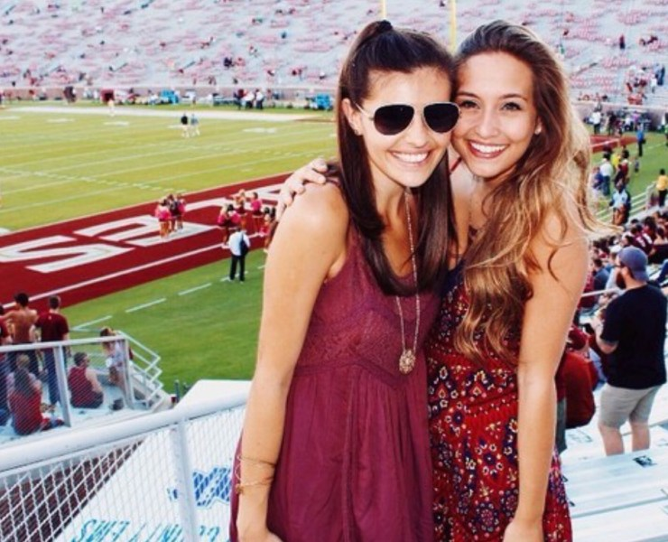 10 College Gameday Outfits To Show School Spirit