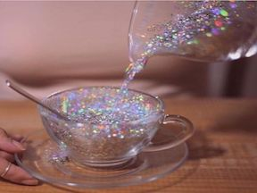 13 Reasons Why You NEED Glitter In Your Normal Beauty Routine
