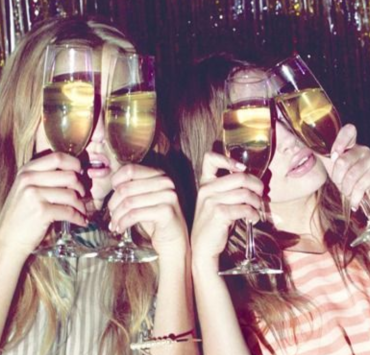 6 Best Sparkling Wines For Fancy People On A Budget