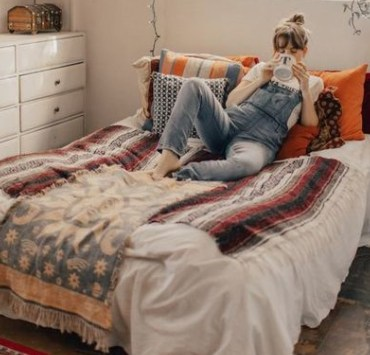 9 Things You Need In Your College Dorm