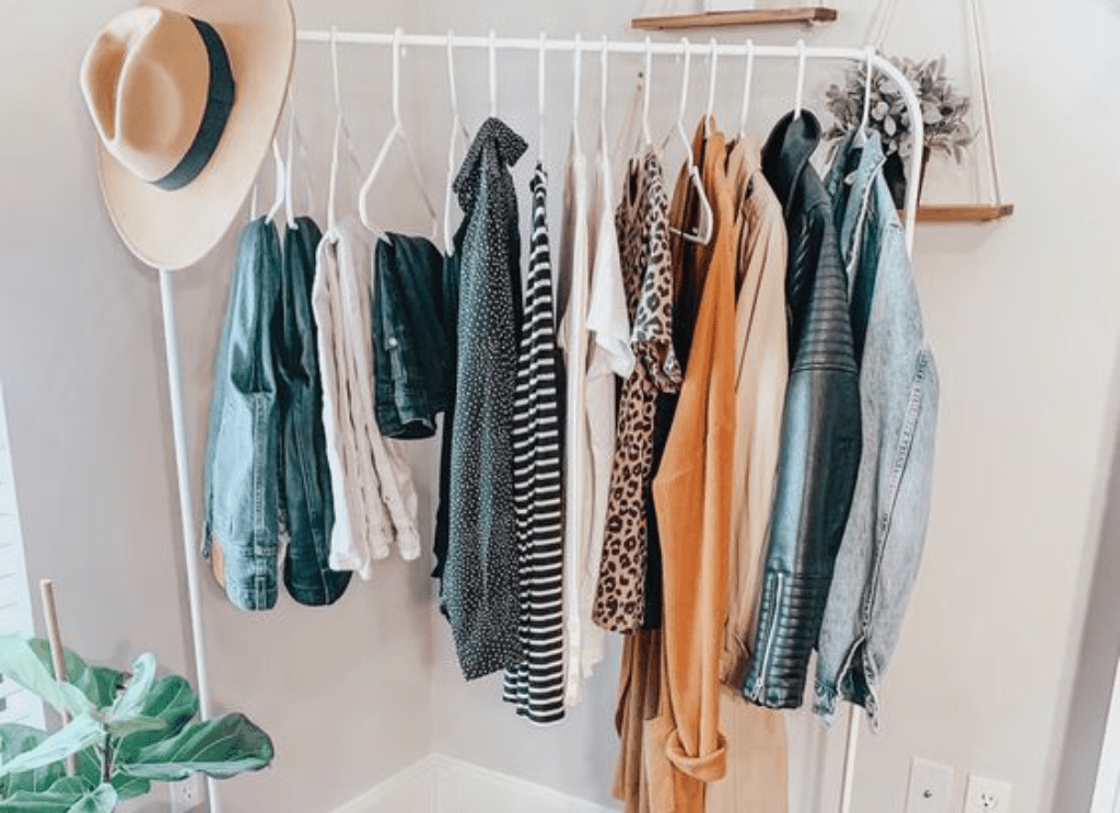 5 Reasons Why You Need To Start Your Own Capsule Wardrobe