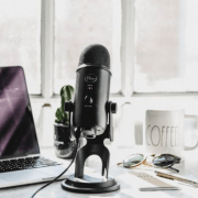 The Best Podcasts To Listen To If You Want To Become An Influencer