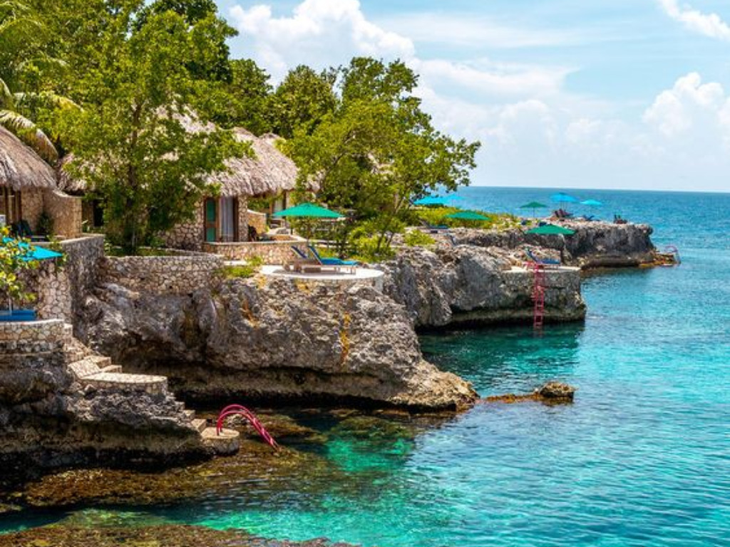 Top 5 Caribbean Spots Ranked For Your Vacation