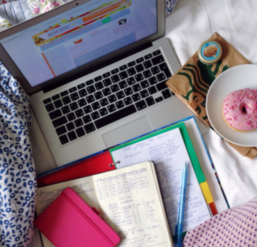 Pros and Cons Of Doing Online Classes For College