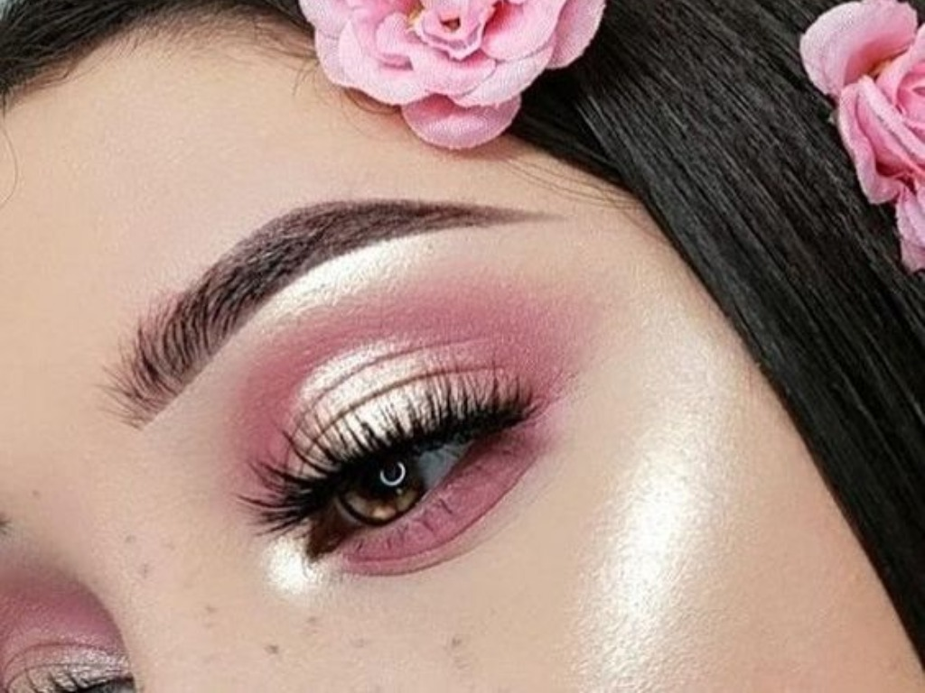 Eyeshadow Palettes We Just Can't Get Enough Of
