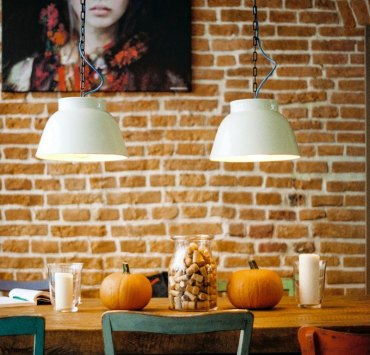 8 Fall Decor Ideas Using Foliage To Brighten Your Home