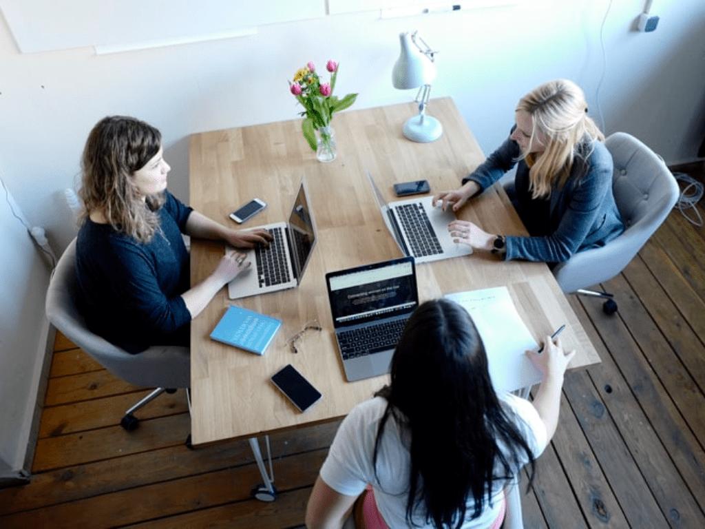 10 Tips To Make Job Hunting Less Stressful