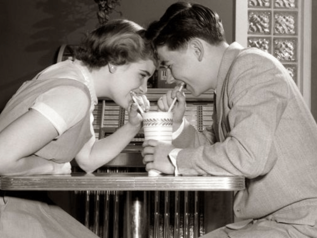Old flame, Are You Better Off Dating An Old Flame Or A New One?