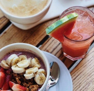 10 Healthy Snack Combinations To Boost Your Energy