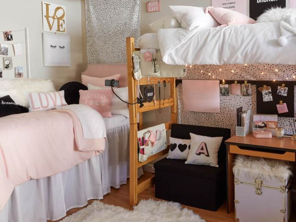 Home Decor Ideas To Try For Your College Dorm - Society12
