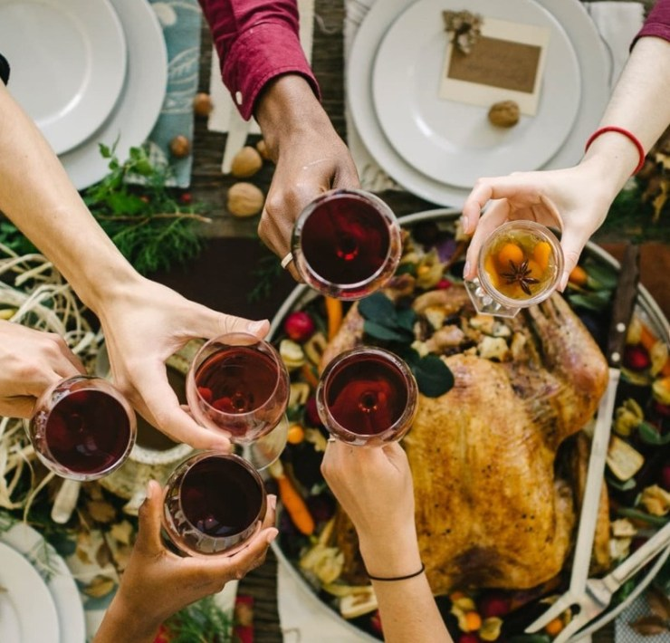 Fun Dishes for and Unforgettable Friendsgiving