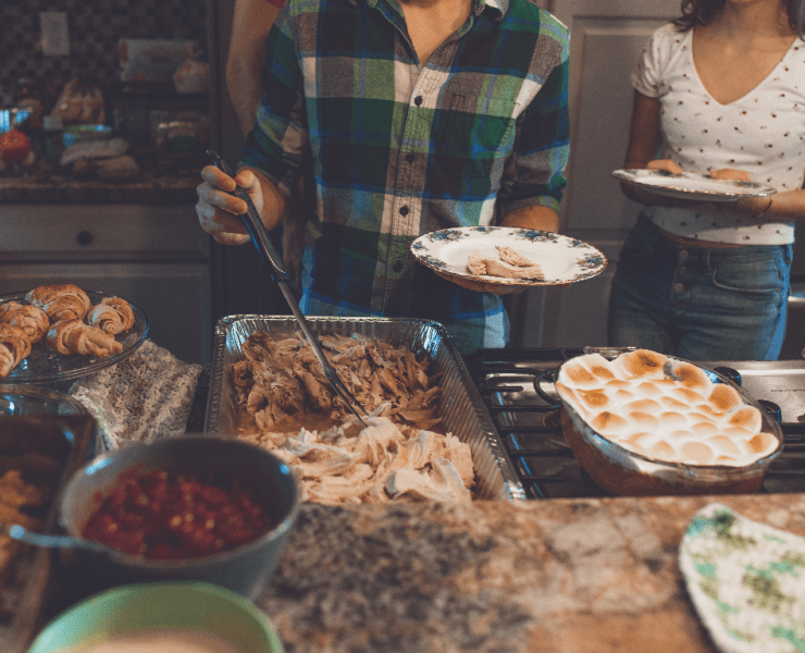 What To Bring To Friendsgiving When You're Broke And Live In A Dorm