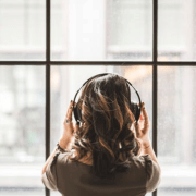 10 Inspiring Ways That We Can All Connect To Music