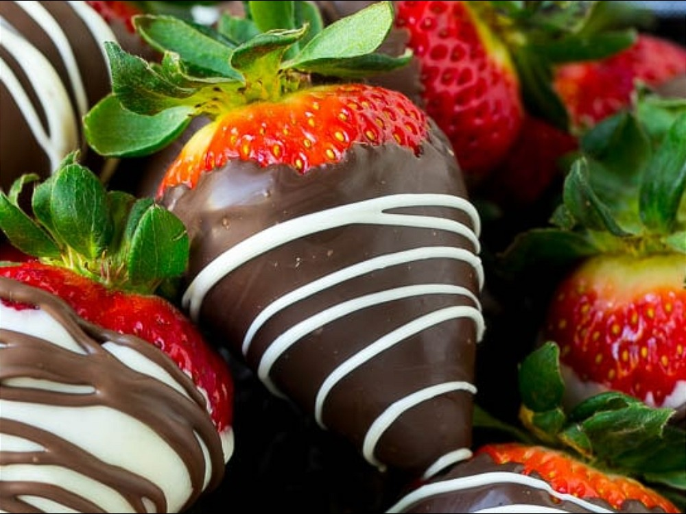 7 Sweet Strawberry Recipes To Eat With Your Girlfriends