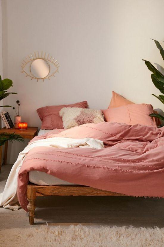 Top 10 Places To Shop For Dorm Decor