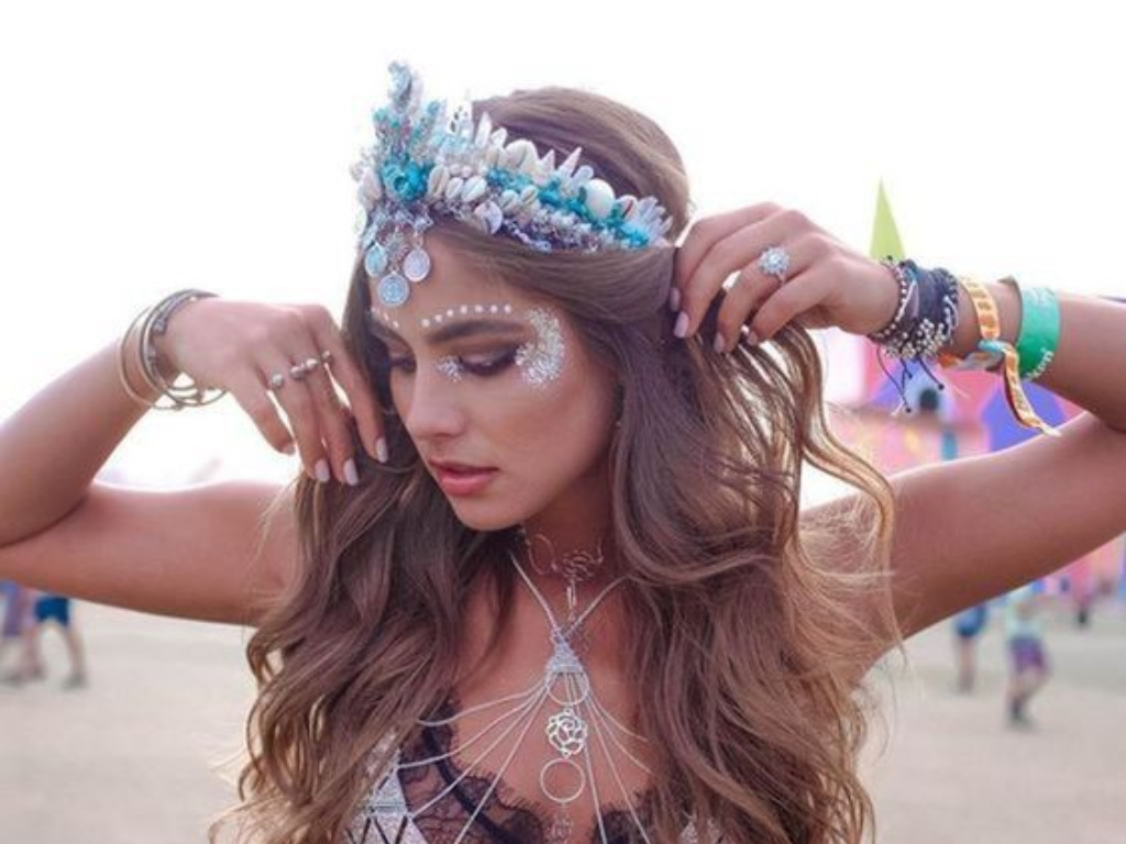 18 Coachella Makeup Ideas That You'll Be Obsessed With