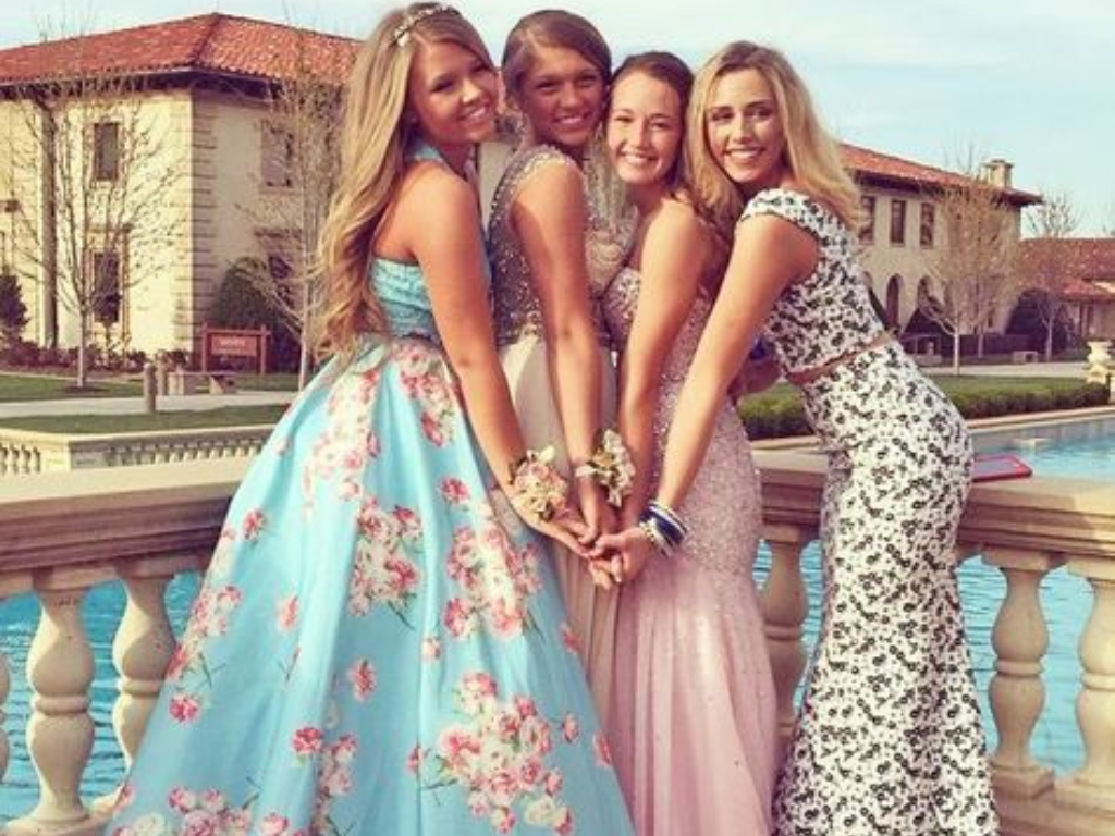 Dress Types To Not Wear To Prom When You're Shy AF