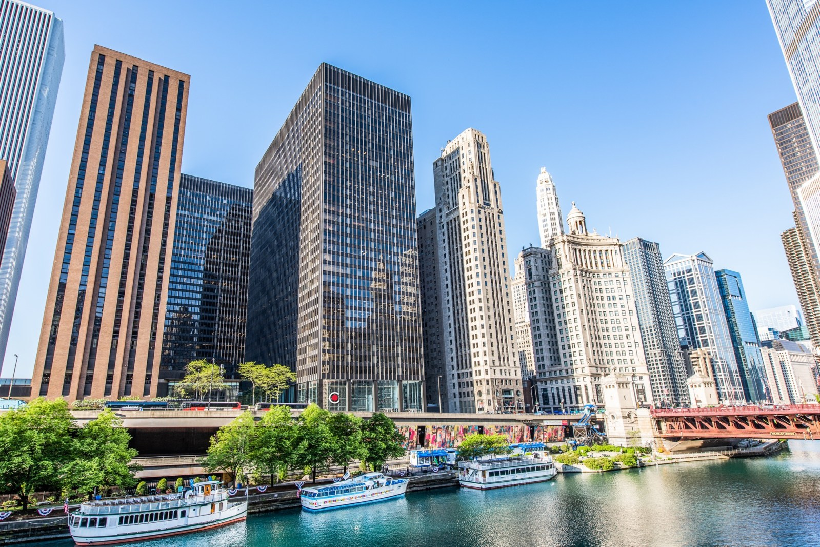 Things You Must Do While In Chicago