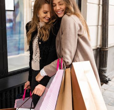 Best Ways To Save Money On Clothes And Accessories