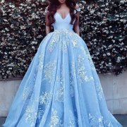 12 One Stop Shop Websites For The Girl Heading To Prom