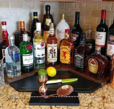 10 Alcoholic Drinks That You Need To Try In College