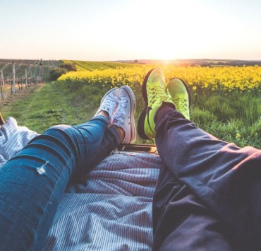 Best Date Night Ideas When You Have No Money