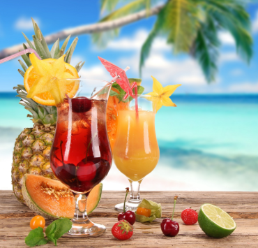 10 Summer Mixed Drinks To Help Cool You Down